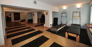 estudios de pilates escuelas de yoga en barcelona