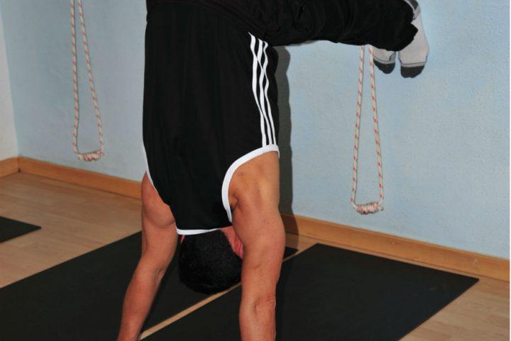 Posturas de Yoga ( Yoga Asanas) para fortalecer el sistema óseo.