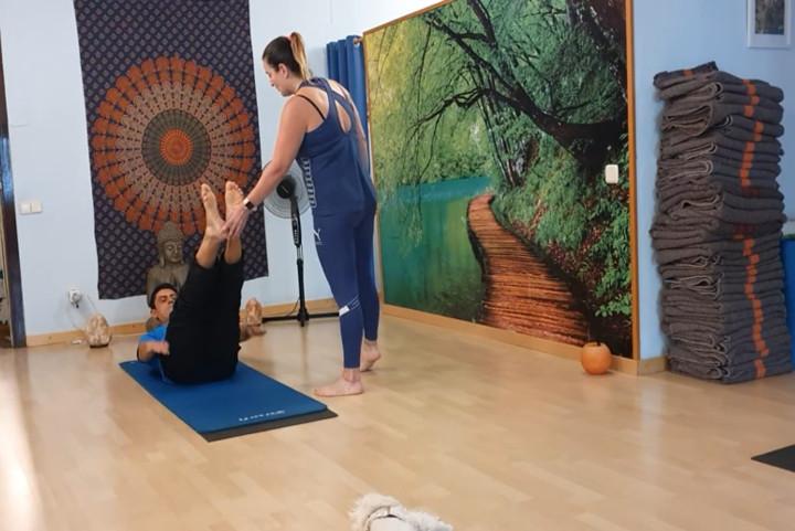 Entrenament amb el mètode Pilates. Classes de Mat Pilates. The Hundred. Beneficis.